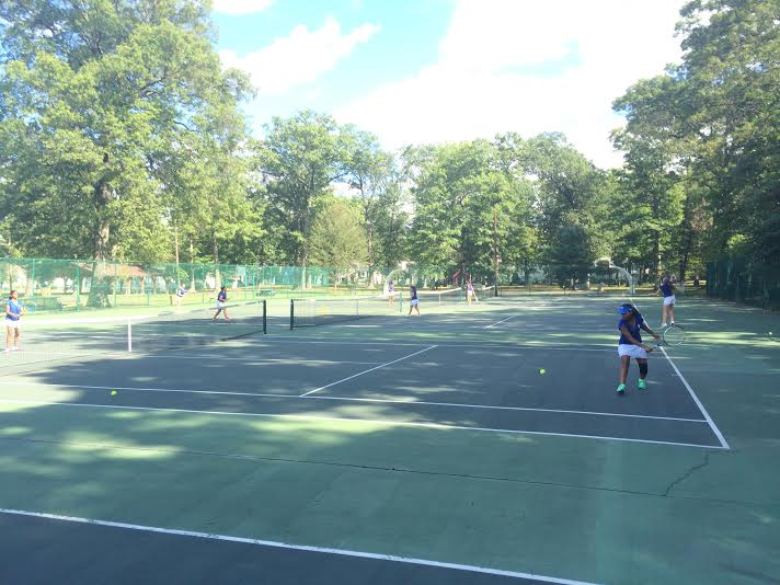 Girls Tennis loses to Kent Place after valiant fight