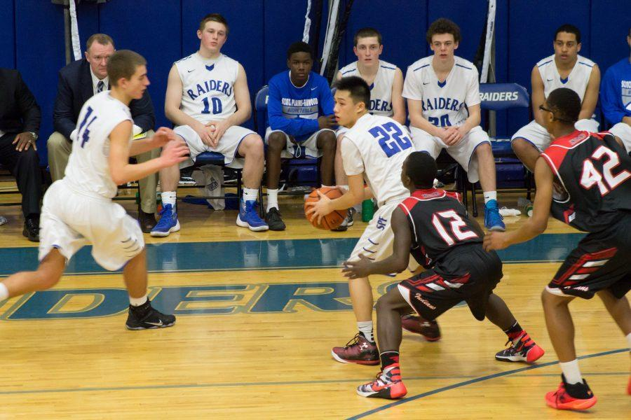 Disappointing loss for Boys Varsity Basketball on Senior Night