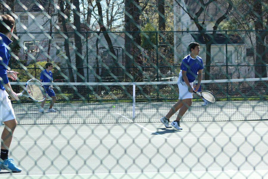 Boys Tennis earn easy win against Cranford