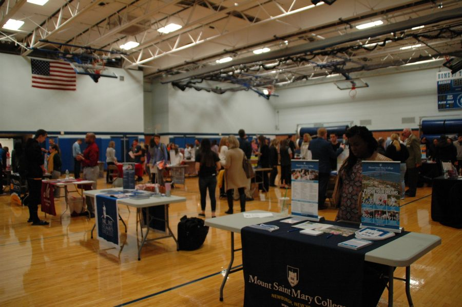 Students learn about college life at College Night