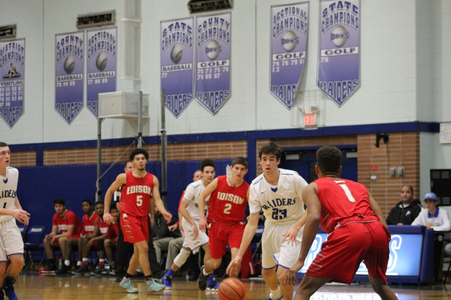 Boys Basketball takes victory against Edison