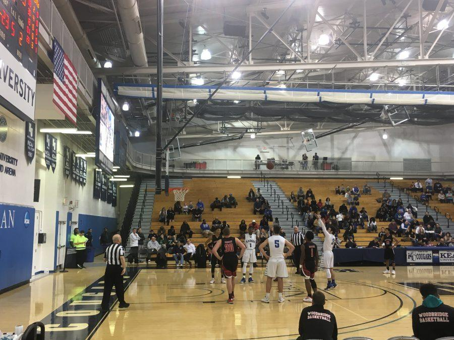 Raiders Basketball Maintains Winning Streak, Wins Against Woodbridge 54-47