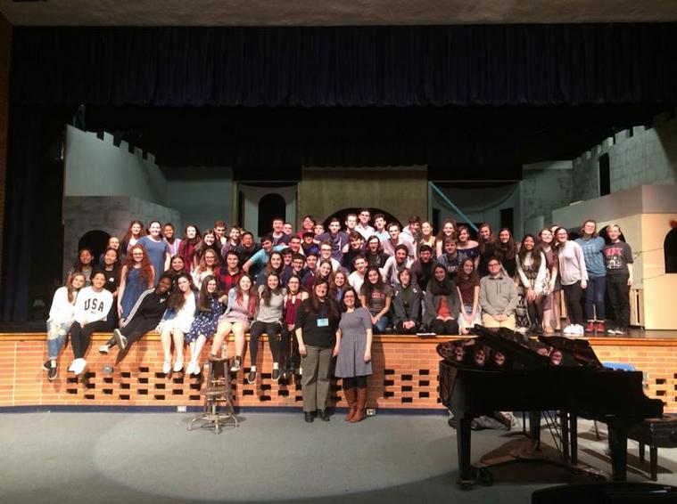 Clinician Aubrey Adams-McMillan works with choir students