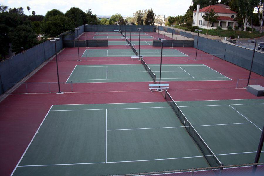 Boys+tennis+falls+to+J.P+Stevens