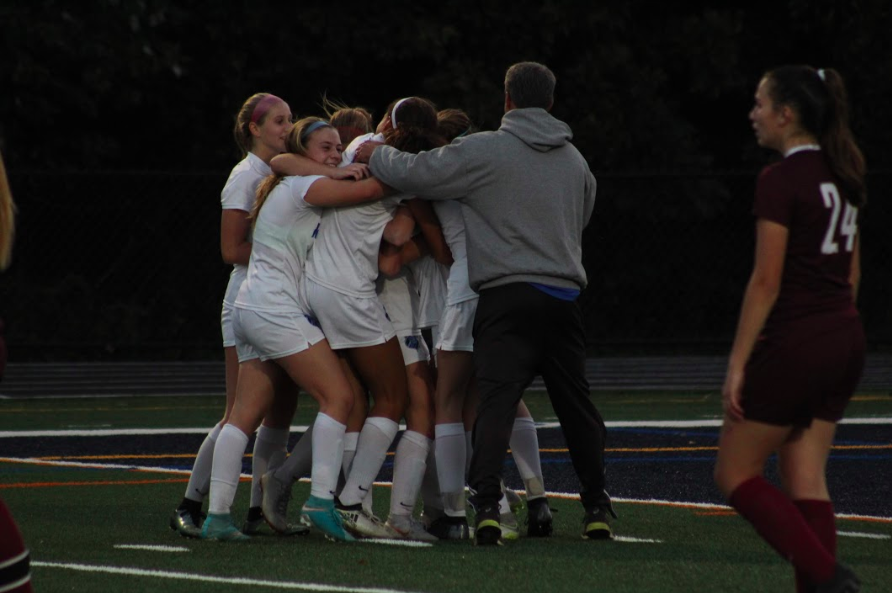Girl's soccer: Leah Klurman's hat trick advances Raiders to county finals