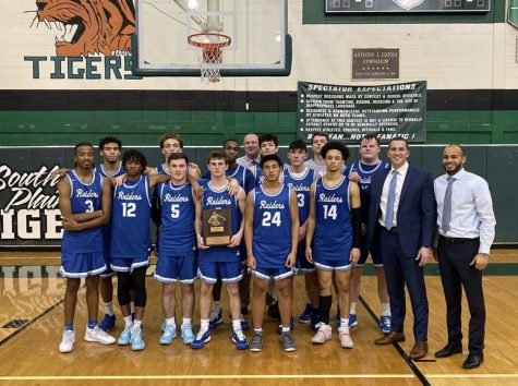 SPFHS boys basketball dominates the Holiday Tournament