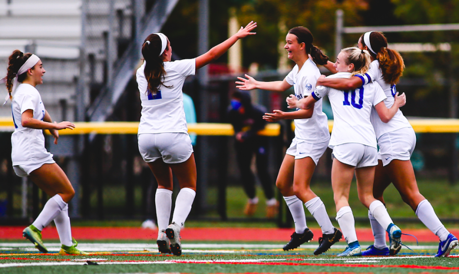 Girls varsity soccer tops Westfield with a stunning last minute goal