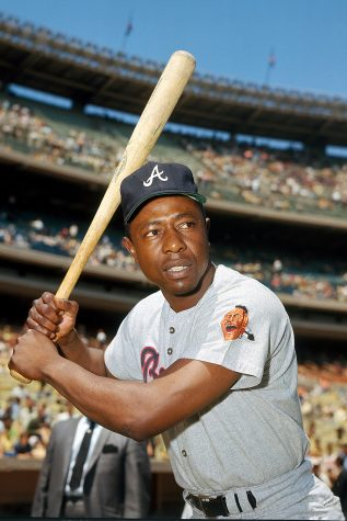 UNDATED:  Hank Aaron of the Atlanta Braves poses for an action portrait circa 1968.  Hank Aaron played for the Atlanta Braves from 1954 to 1954.   (Photo by Louis Requena/MLB via Getty Images)