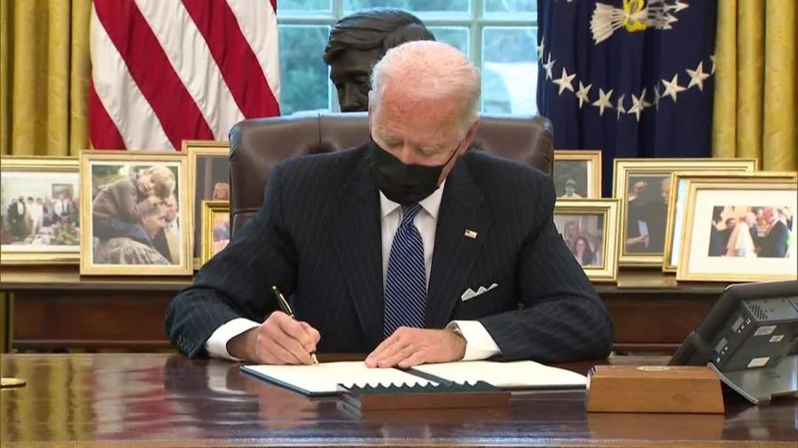 Biden%E2%80%99s+new+action+brings+the+transgender+millitary+ban+to+an+end