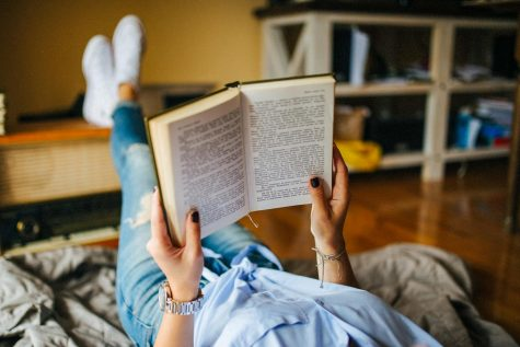 Want to make reading a daily habit? Here's how to take the first steps