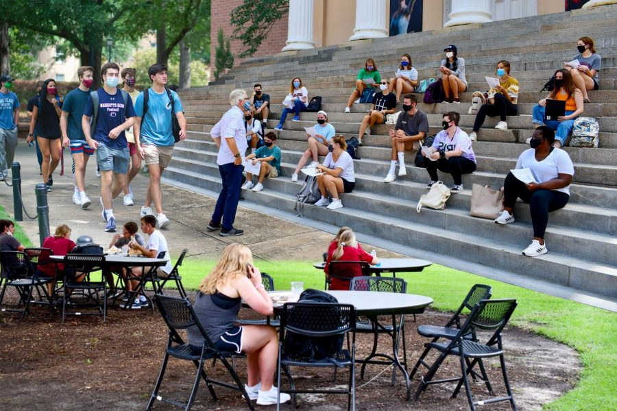 SPF seniors share COVID-19 college process