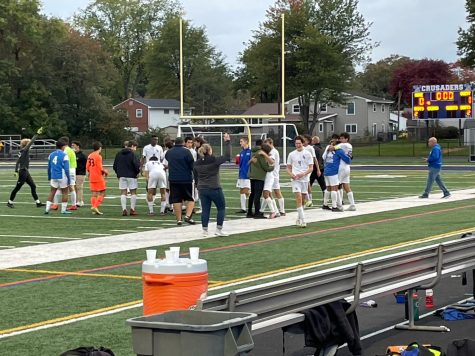'Battling and Surviving': Boys Soccer Defeats Elizabeth to Advance to UCT Finals